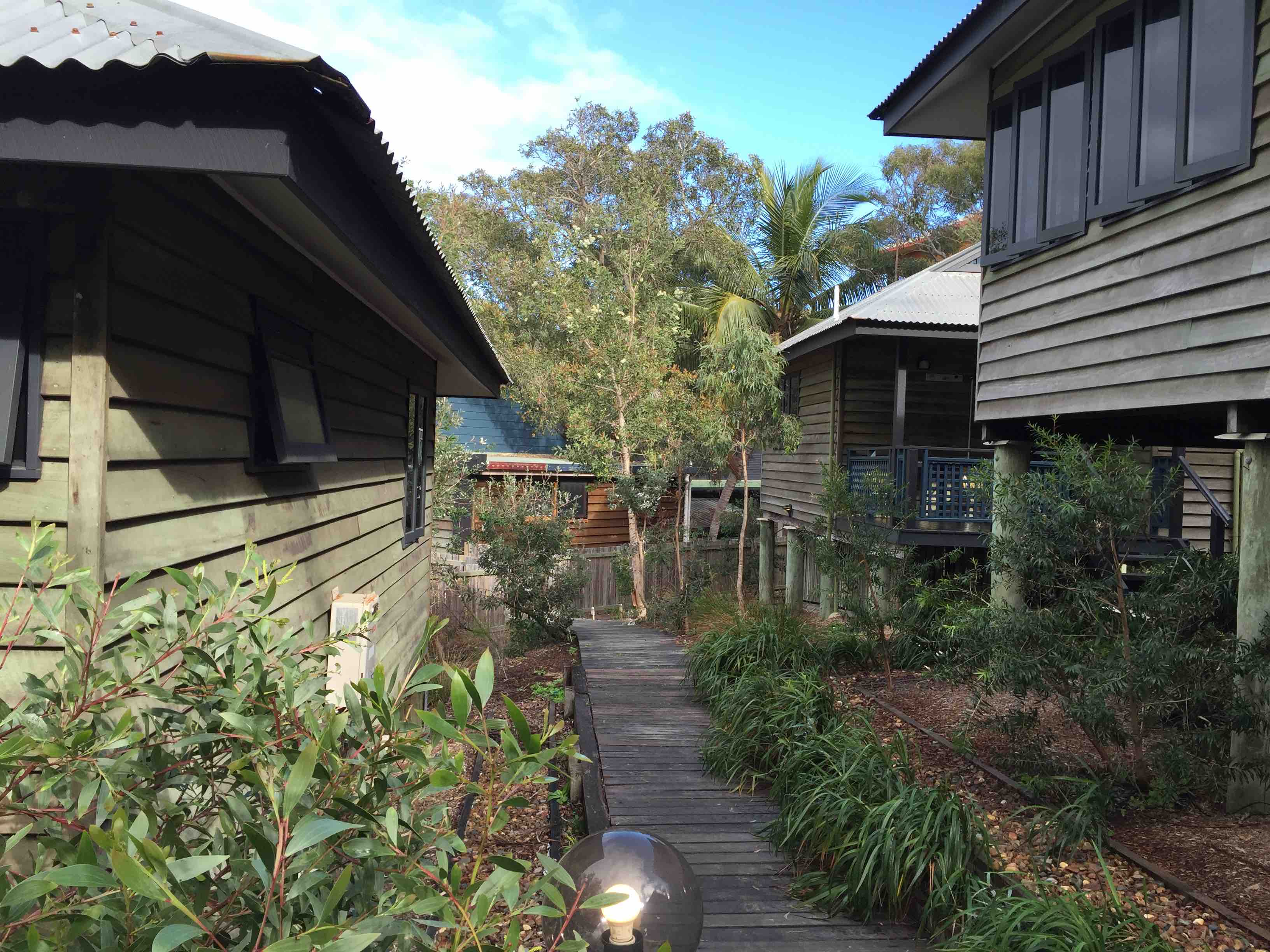 Cabins paths | Fraser Island Retreat | Happy Valley